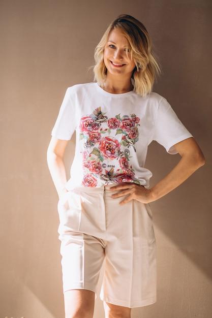 Pretty woman wearing tshirt Free Photo