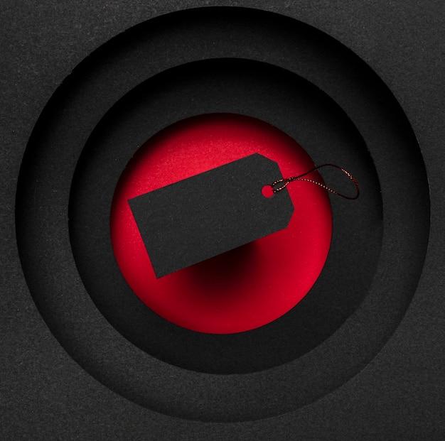 빨간색과 검은 색 배경에 가격표 판매 개념 무료 사진