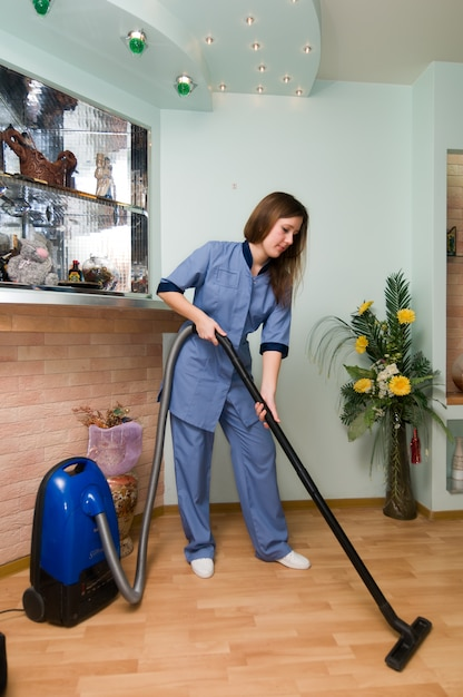 Professional cleaning service Free Photo