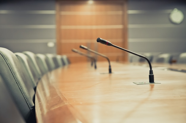 Professional meeting microphone at boardroom. Premium Photo