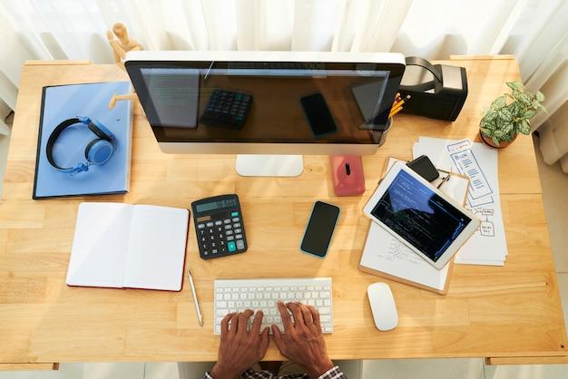 Programmer workplace Free Photo