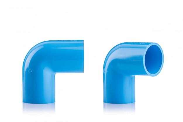 白で隔離される配水管のための新しい青いpvcコネクタ Premium写真