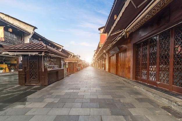 Qinghefang ancient street view in hangzhou city zhejiang province china Premium Photo