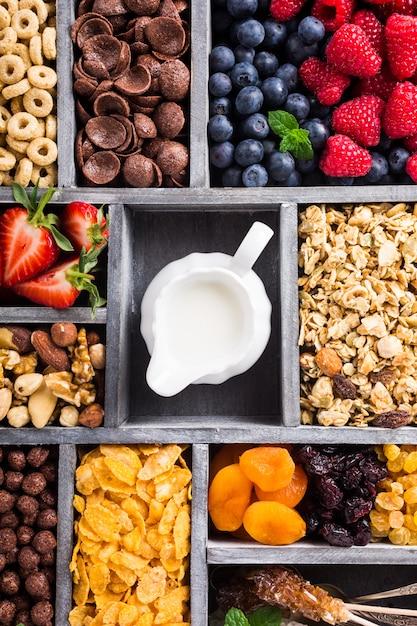 Quick breakfast cereals Premium Photo