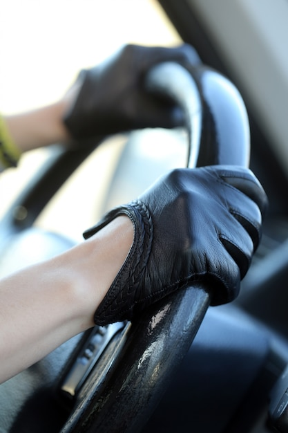 Racer in leather gloves Free Photo