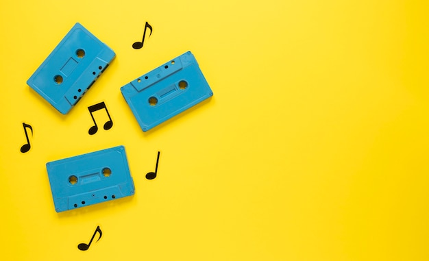 Radio concept with vintage blue cassettes Free Photo