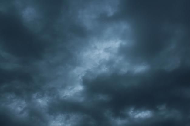 Rain clouds with dark sky Premium Photo