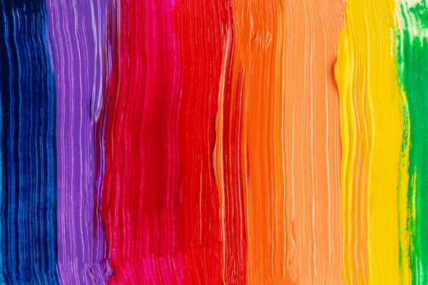 페인트 산책로와 무지개 색 배경 프리미엄 사진