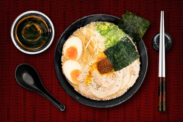 Ramen are japanese noodles. Premium Photo