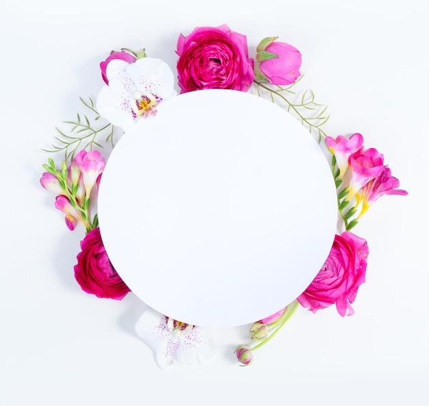 ラナンキュラスの花と蘭 Premium写真