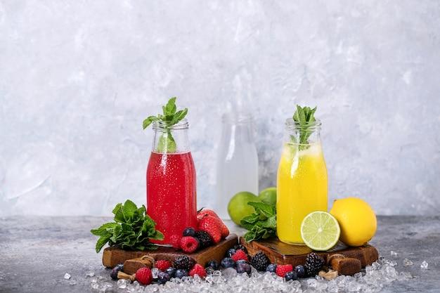 Raspberry and lemon lemonades Premium Photo