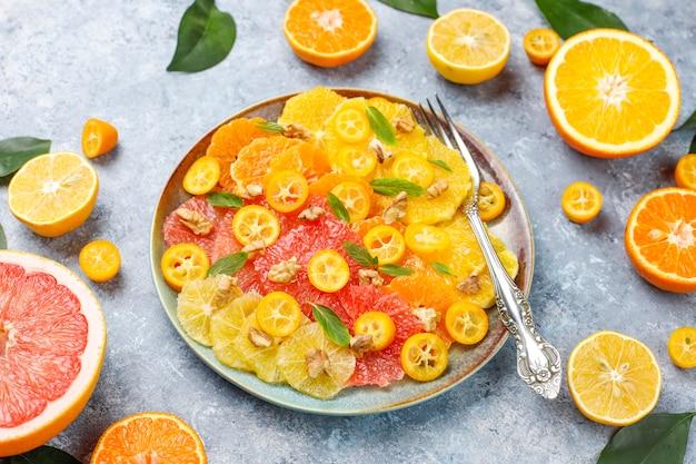 Сырой домашний цитрусовый салат Бесплатные Фотографии