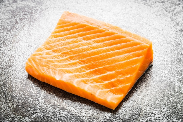 raw-salmon-meat_74190-242.jpg (626×417)
