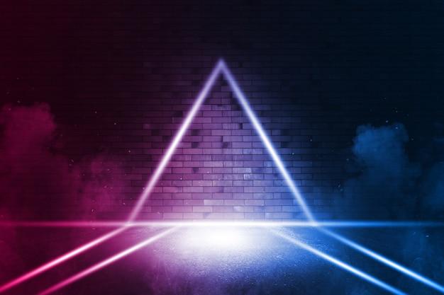Лучи неонового света на неоновой кирпичной стене. пустая сцена. неоновые отражения на мокром асфальте. киберпанк фон с копией пространства. Premium Фотографии
