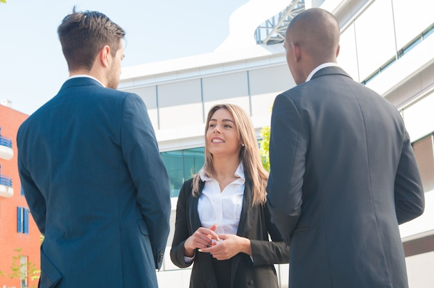 Real estate manager discussing property issues Free Photo