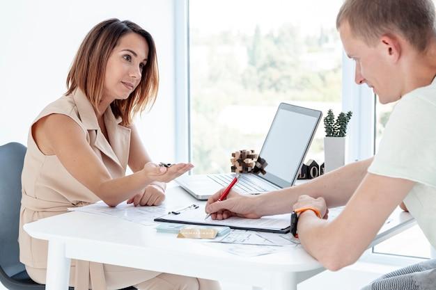 pinjaman dengan jaminan sertifikat rumah