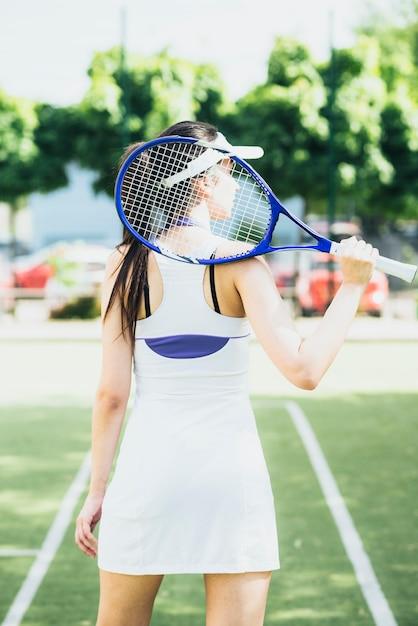 картинки оборотней фото с теннисной ракеткой хозяин держался