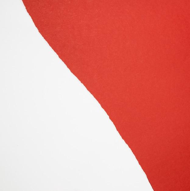 赤と白の紙の上面図 無料写真