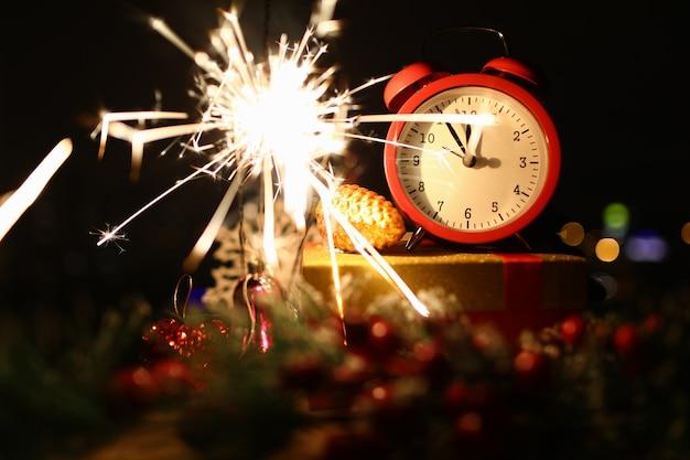 Red clock show midnight countdown. Premium Photo