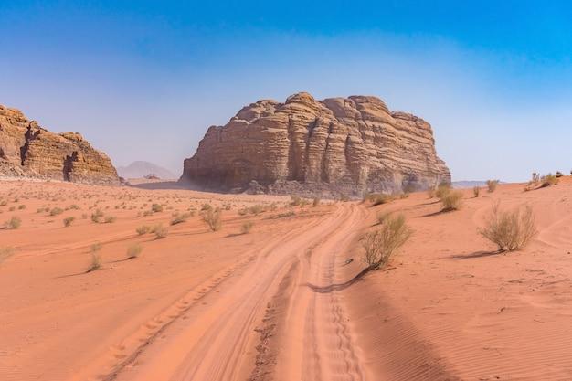 Red mountains of wadi rum desert in jordan. Premium Photo