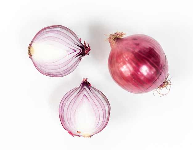 Red onion shallot isolated on white Free Photo