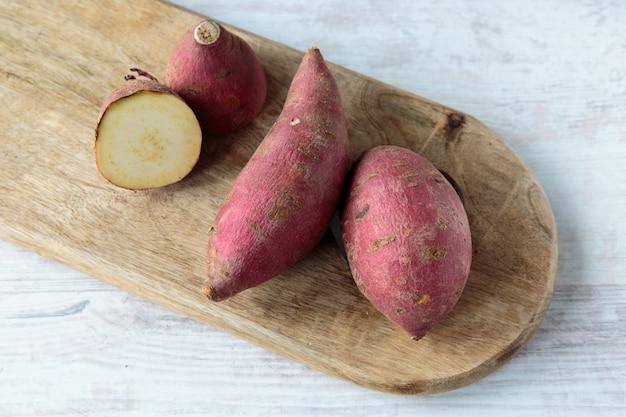 Red sweet potatoes Premium Photo