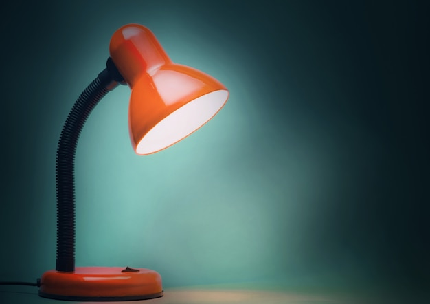 Red table lamp Premium Photo