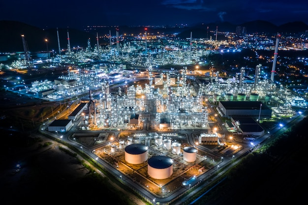 Refinery plant oil and petrochemical product industry in thailand at night Premium Photo
