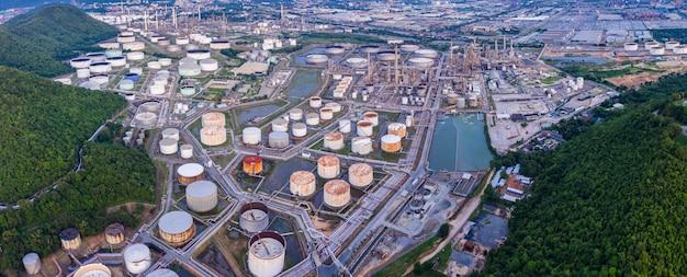 Refinery tanker zone on island in thailand Premium Photo