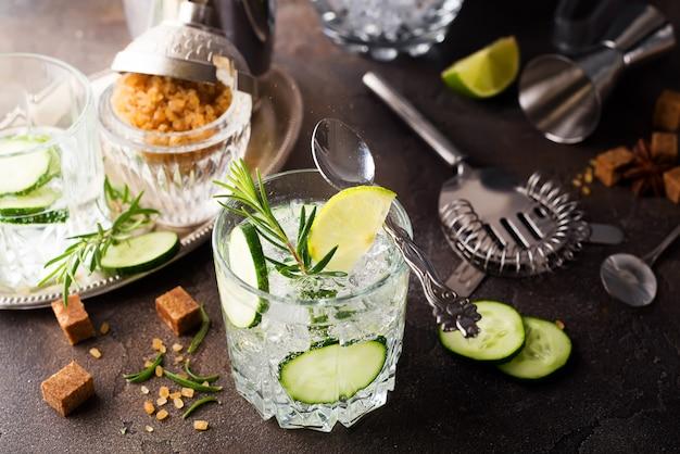 Refreshing summer drink - detox cocktail of mint, cucumber and lemon Premium Photo