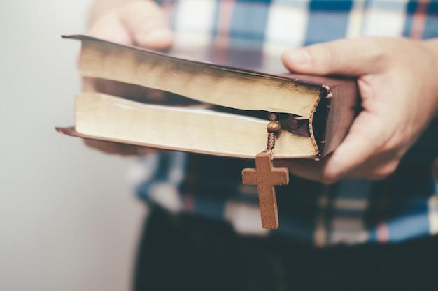 종교 기독교 개념 배경입니다. 프리미엄 사진