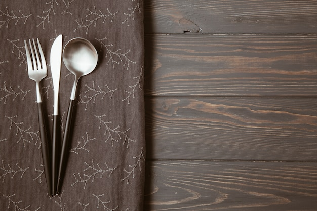 Restaurant table with cutlery Free Photo