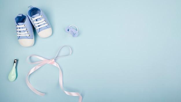 Лента с детской обувь копией пространства Бесплатные Фотографии