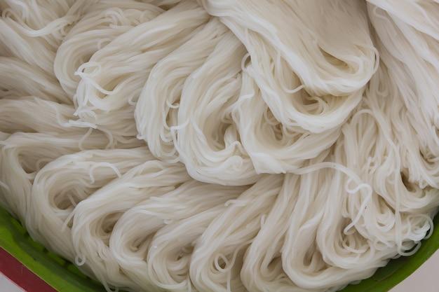 Rice noodle (thai food) Premium Photo