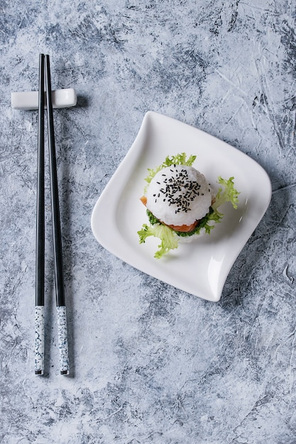 Rice sushi burger Premium Photo