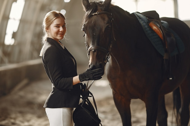 Rider trains with the horse Free Photo