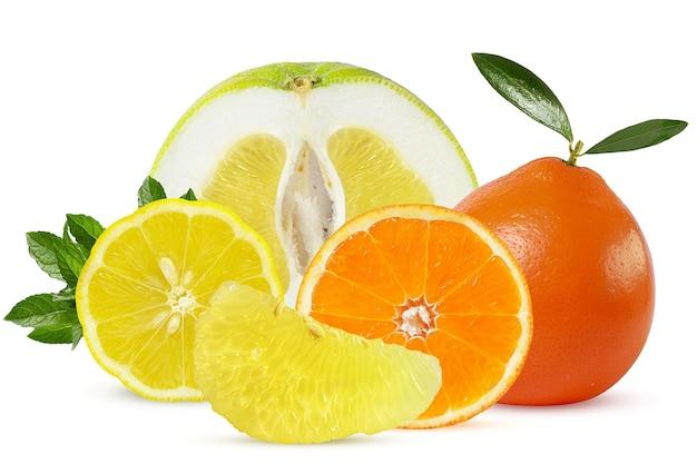 熟したジューシーな柑橘系の果物 Premium写真