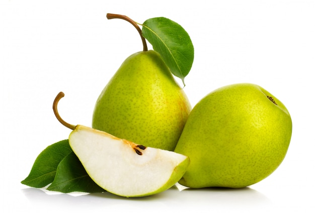 Ripe green pears isolated with leaves isolated Premium Photo