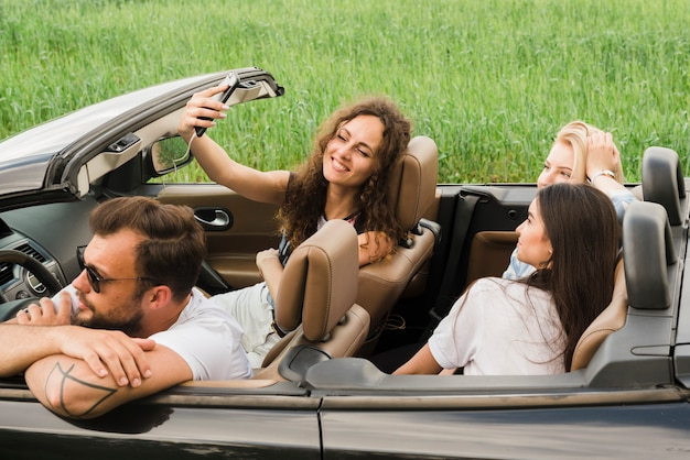 Road trip concept with group of friends Free Photo