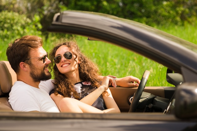 Road trip concept with young couple Free Photo