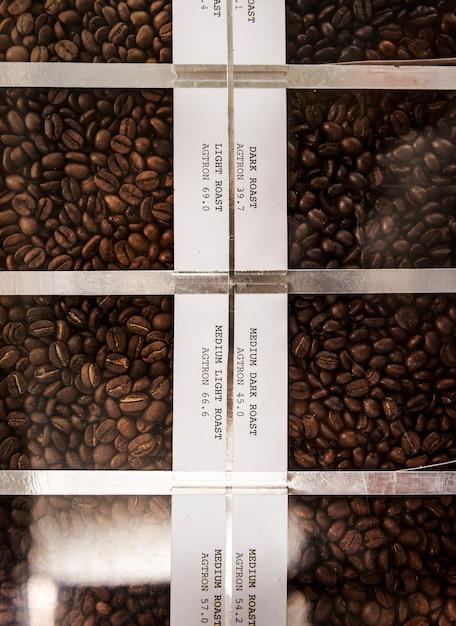 Жареные кофейные бобы Бесплатные Фотографии