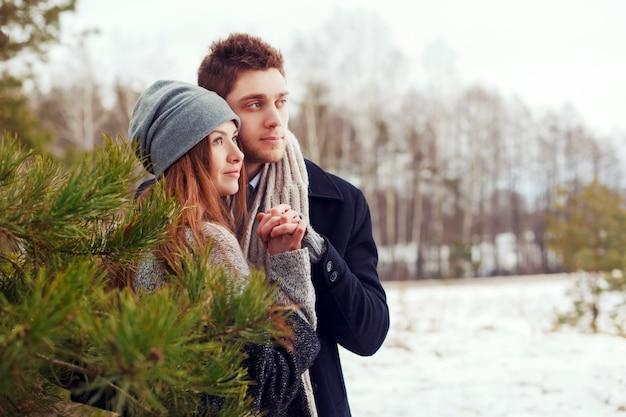 Romantic couple holding hands Free Photo