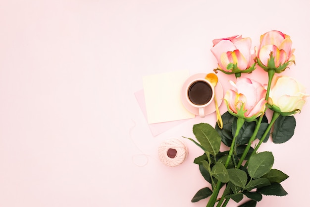 Romantic with roses and coffee Free Photo