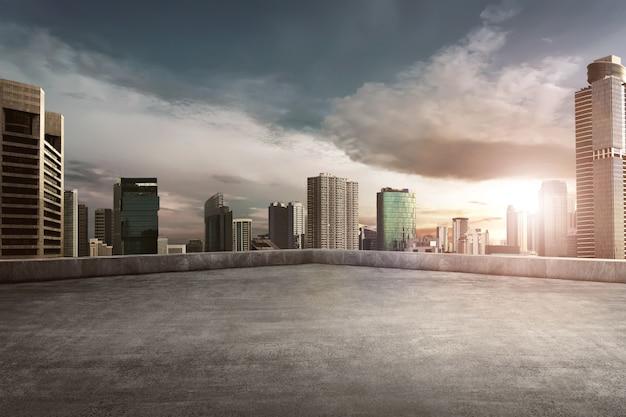 Rooftop balcony with cityscape Premium Photo