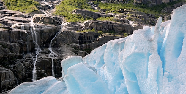 Rough nature in norwegian landscape Premium Photo