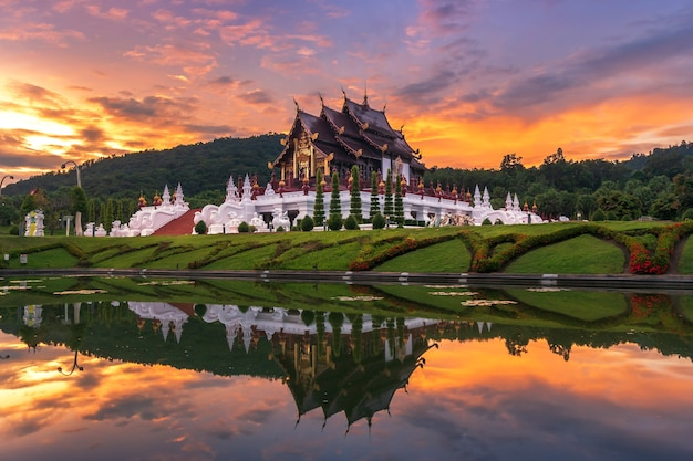 Royal flora, ratchaphruek park. at sunset at is a major tourist attraction in chiang mai Premium Photo