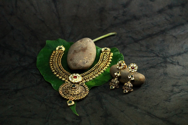 Royal indian jewellery Premium Photo