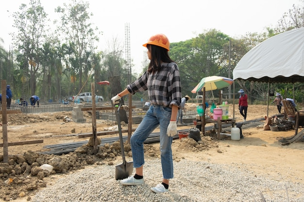 Rugged female construction workers on the jobsite Free Photo