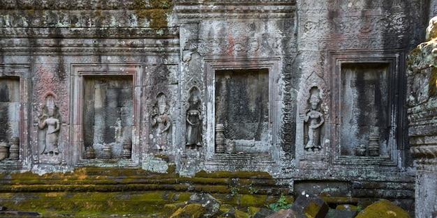Ruins of banteay kdei temple, angkor, siem reap, cambodia Premium Photo