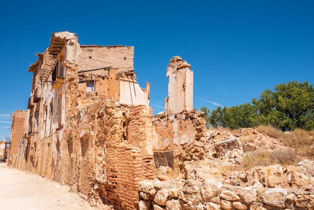 Ruins of belchite, spain, town in aragon that was completely destroyed during the spanish civil war. Premium Photo
